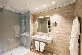 http://photos.hotelbeds.com/giata/00/002562/002562a_hb_ro_047.jpg