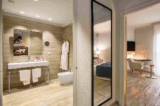 http://photos.hotelbeds.com/giata/00/002562/002562a_hb_ro_058.jpg