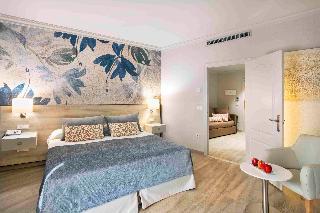 http://photos.hotelbeds.com/giata/00/002562/002562a_hb_ro_060.jpg