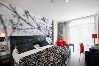 http://photos.hotelbeds.com/giata/00/002562/002562a_hb_ro_077.jpg