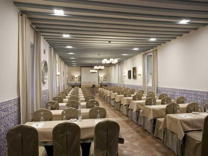 Parador de almagro en ciudad real bookerclub for Booker un hotel