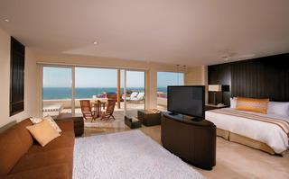 http://photos.hotelbeds.com/giata/00/004893/004893a_hb_ro_020.jpg