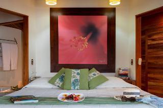 http://photos.hotelbeds.com/giata/00/004985/004985a_hb_ro_044.jpg