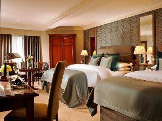 http://photos.hotelbeds.com/giata/00/007487/007487a_hb_ro_008.jpg
