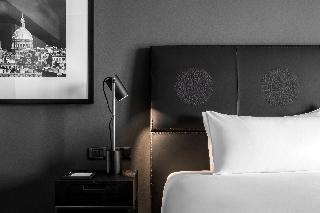 http://photos.hotelbeds.com/giata/00/007636/007636a_hb_ro_018.jpg
