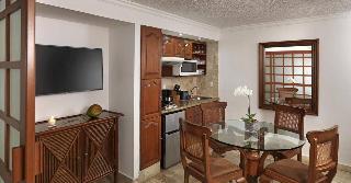 http://photos.hotelbeds.com/giata/00/007887/007887a_hb_ro_027.jpg
