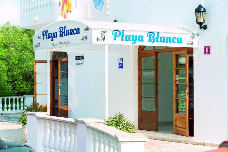 Hotels in Menorca: Apartments Playa Blanca