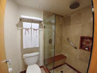 http://photos.hotelbeds.com/giata/00/008230/008230a_hb_ro_133.jpg