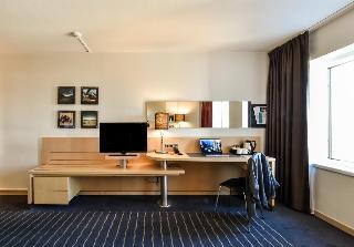 http://photos.hotelbeds.com/giata/00/009429/009429a_hb_ro_006.jpg