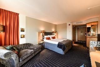 http://photos.hotelbeds.com/giata/00/009429/009429a_hb_ro_007.jpg