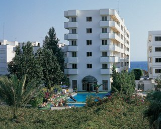 Hotels in Limassol: Allwin Roussos Beach