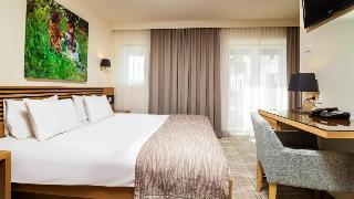 http://photos.hotelbeds.com/giata/01/014482/014482a_hb_ro_011.jpg
