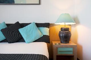 http://photos.hotelbeds.com/giata/01/015989/015989a_hb_ro_011.jpg