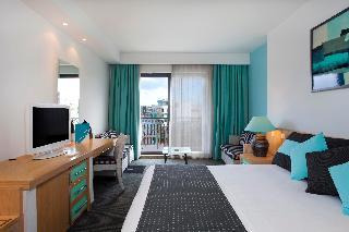 http://photos.hotelbeds.com/giata/01/015989/015989a_hb_ro_013.jpg