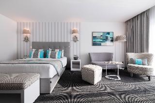 http://photos.hotelbeds.com/giata/01/015989/015989a_hb_ro_015.jpg