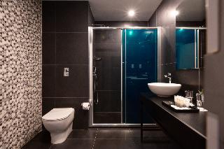 http://photos.hotelbeds.com/giata/02/020120/020120a_hb_ro_052.JPG