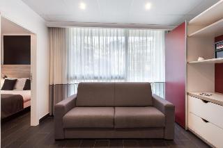 http://photos.hotelbeds.com/giata/02/020120/020120a_hb_ro_062.jpg