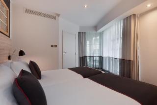 http://photos.hotelbeds.com/giata/02/020120/020120a_hb_ro_063.jpg