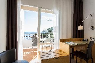 http://photos.hotelbeds.com/giata/02/024844/024844a_hb_ro_014.jpg