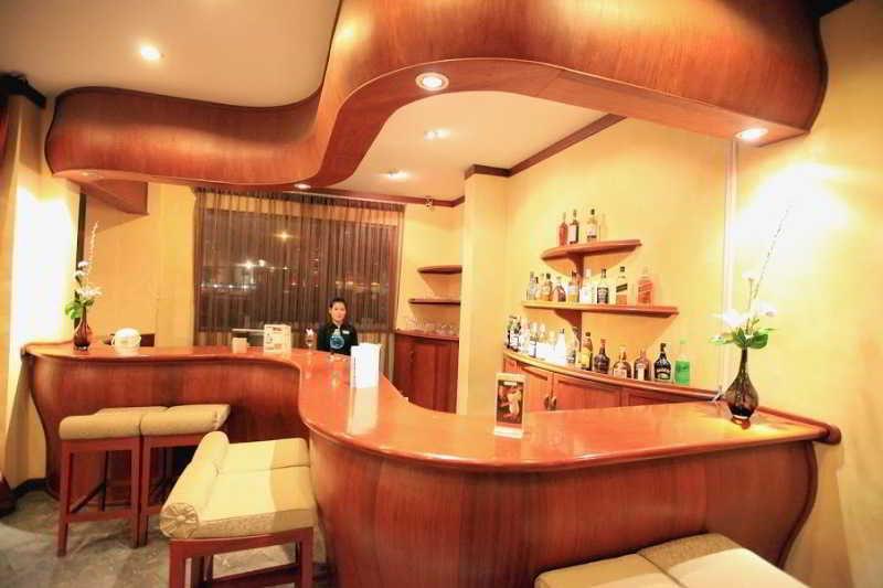 Mercure Vientiane - Bar