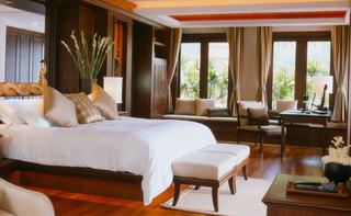 http://photos.hotelbeds.com/giata/03/033677/033677a_hb_ro_010.jpg