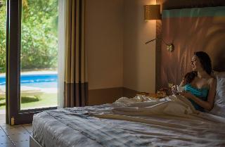 http://photos.hotelbeds.com/giata/03/036956/036956a_hb_ro_026.jpg