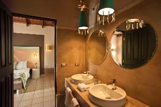 http://photos.hotelbeds.com/giata/03/036956/036956a_hb_ro_034.jpg