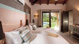 http://photos.hotelbeds.com/giata/03/036956/036956a_hb_ro_044.jpg