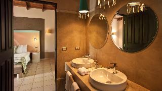 http://photos.hotelbeds.com/giata/03/036956/036956a_hb_ro_045.jpg