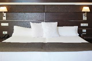 http://photos.hotelbeds.com/giata/05/050885/050885a_hb_ro_013.jpg