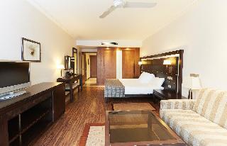http://photos.hotelbeds.com/giata/05/050885/050885a_hb_ro_023.jpg