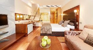 http://photos.hotelbeds.com/giata/05/050885/050885a_hb_ro_034.jpg
