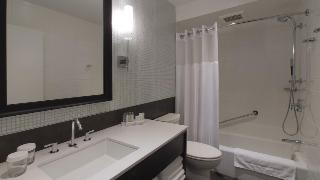http://photos.hotelbeds.com/giata/05/052125/052125a_hb_ro_003.jpg
