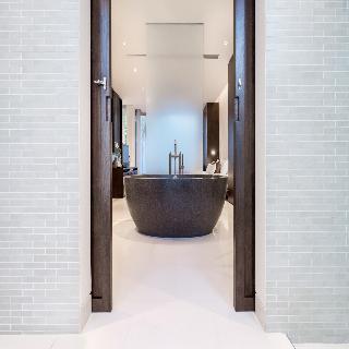 http://photos.hotelbeds.com/giata/05/053068/053068a_hb_ro_032.jpg