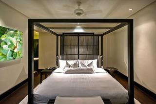 http://photos.hotelbeds.com/giata/05/053068/053068a_hb_ro_087.jpg