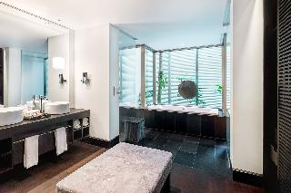 http://photos.hotelbeds.com/giata/05/053068/053068a_hb_ro_128.jpg