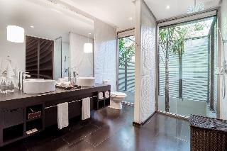 http://photos.hotelbeds.com/giata/05/053068/053068a_hb_ro_139.jpg