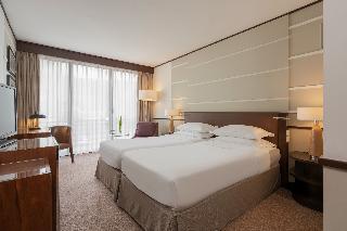 http://photos.hotelbeds.com/giata/05/054537/054537a_hb_ro_070.jpg