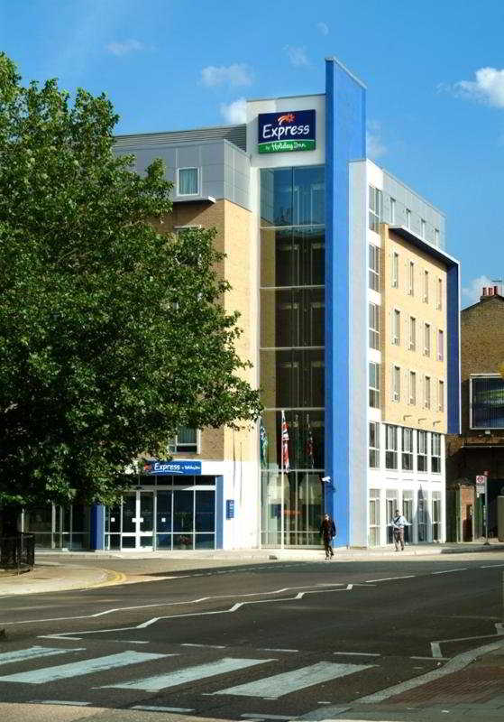 Dettagli Hotel Holiday Inn Express Earls Court Londra