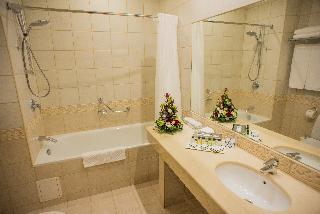 http://photos.hotelbeds.com/giata/05/056815/056815a_hb_ro_016.jpg