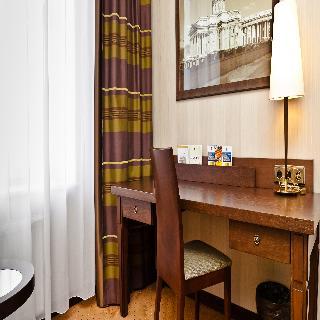 http://photos.hotelbeds.com/giata/05/056815/056815a_hb_ro_056.jpg