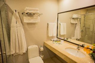 http://photos.hotelbeds.com/giata/05/056815/056815a_hb_ro_063.jpg