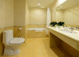 http://photos.hotelbeds.com/giata/05/056815/056815a_hb_ro_155.jpg