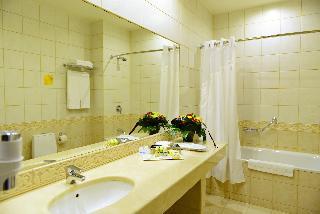http://photos.hotelbeds.com/giata/05/056815/056815a_hb_ro_163.JPG
