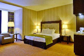 http://photos.hotelbeds.com/giata/05/056815/056815a_hb_ro_165.JPG