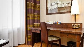 http://photos.hotelbeds.com/giata/05/056815/056815a_hb_ro_173.jpg