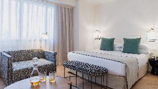 http://photos.hotelbeds.com/giata/05/057060/057060a_hb_ro_031.JPG