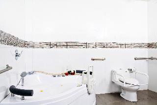 http://photos.hotelbeds.com/giata/05/059585/059585a_hb_ro_033.jpg