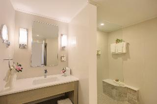http://photos.hotelbeds.com/giata/06/066902/066902a_hb_ro_027.jpg
