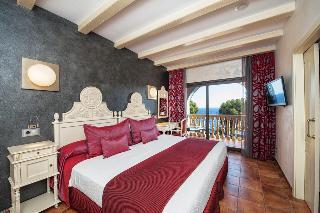 http://photos.hotelbeds.com/giata/06/069239/069239a_hb_ro_027.jpg